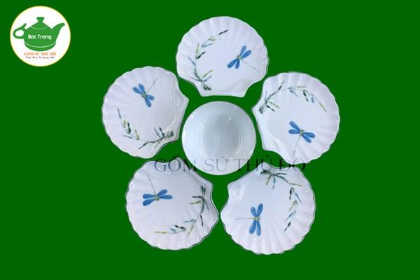 Bộ đĩa sò men kem vẽ tay